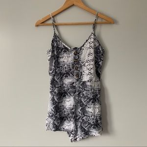 UK2LA grey white snake skin print romper small